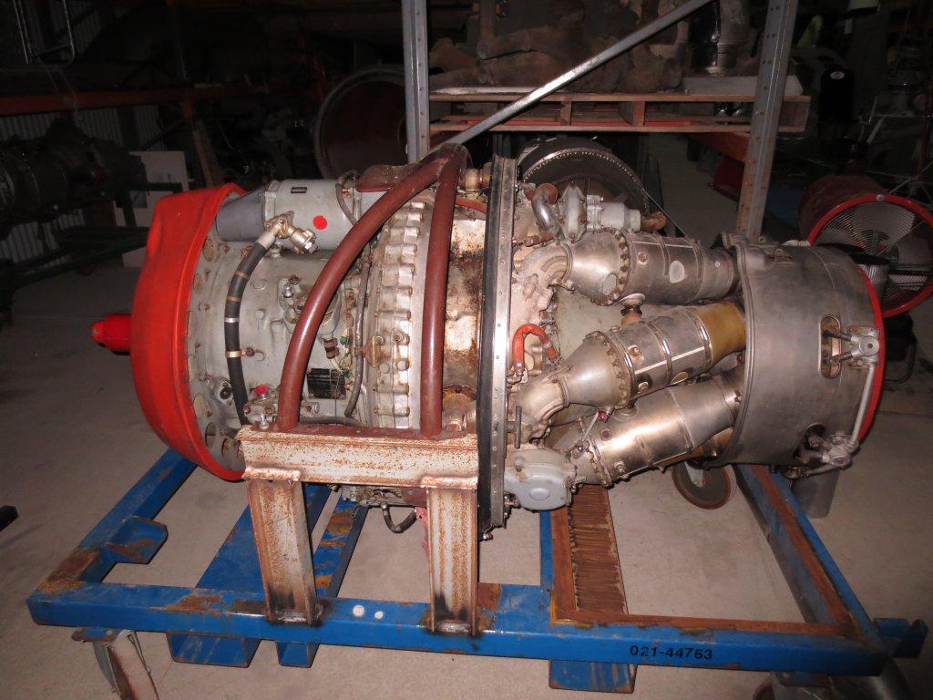 Récupération d'une turbine de Breguet Alizé.