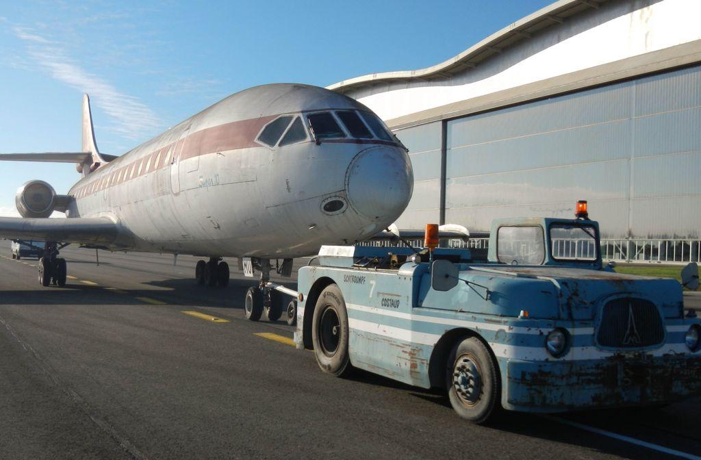 Passage de la Caravelle et récupération du Cessna 310