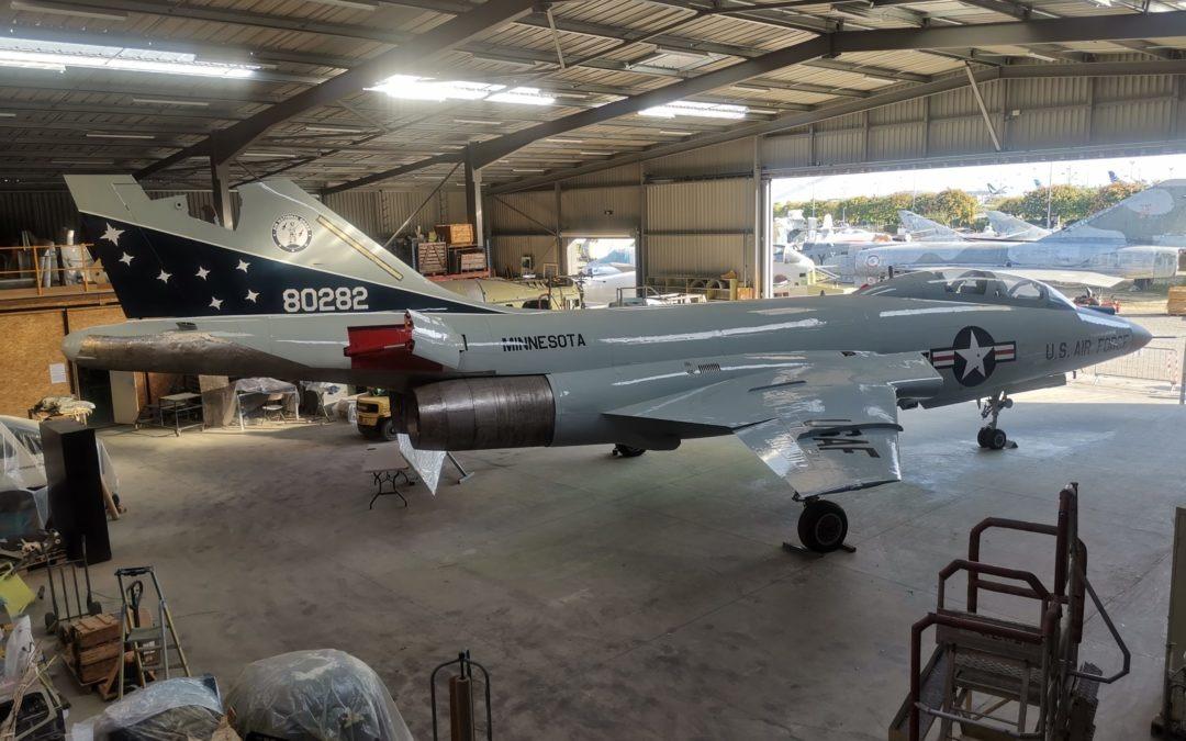 Seconde partie de la peinture du F-101